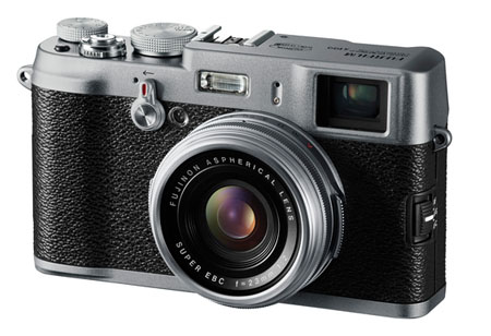 Fuji X100 Digital Rangefinder Camera with 23mm f/2 Lens